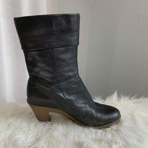 Aerosoles black leather boots size 10